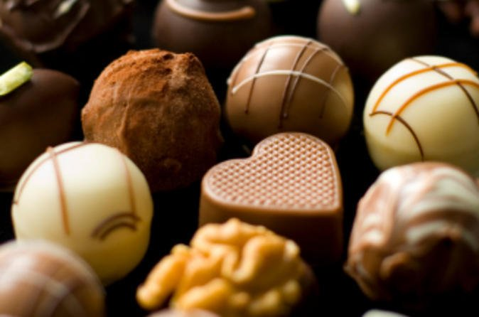 zurich-half-day-tour-including-the-lindt-chocolate-factory-outlet-in-zurich-47043